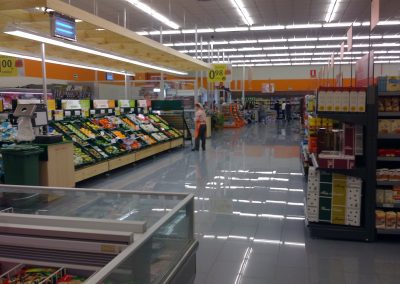 INTERIOR SUPERMERCADO VIDAL